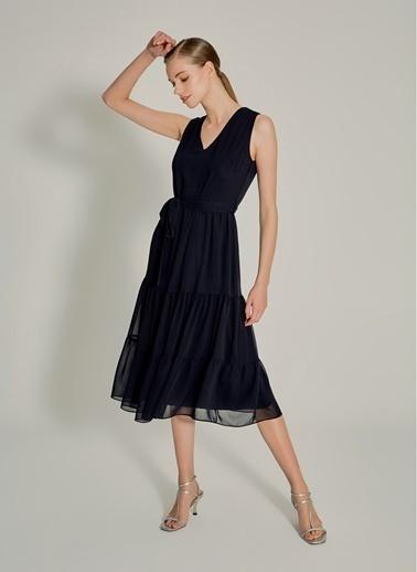NGSTYLE Volanlı Midi Elbise Siyah